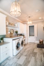 Sherwin Williams Silverplate Paint Color : A Beautiful Neutral Gray