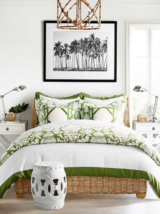 Add Pantone Color of the Year 2017 Greenery to your home with green bedding