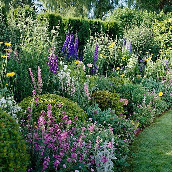 Cottage Flower Gardens: How To Make Outdoor Waterproof Cushions