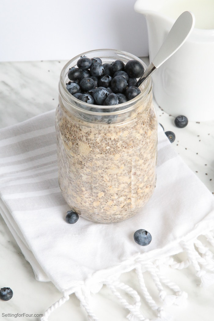 Coconut and Chia Overnight Oats In A Jar: Make this quick & yummy overnight oats recipe for a healthy breakfast or snack that's loaded with muscle-building protein and energy-boosting complex carbs. Grab and go - it's made in a mason jar! Naturally sweetened with organic coconut sugar that has a delicious brown sugar-like taste. #ad