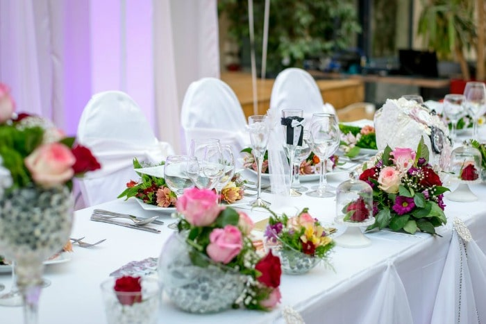 Best 12 Wedding Registry Stores and a Comparison of Their Benefit Programs