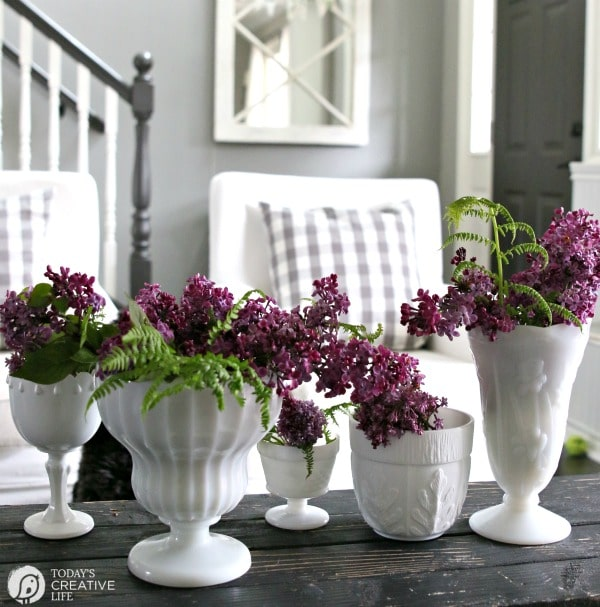 Simple Diy Spring Decor Ideas: How To Make An Easy Tulips Vase Arrangement