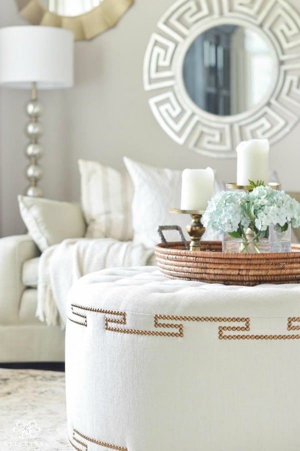 Shades of Summer Home Tour: Head to Kelley Nan blog to see her summer home tour and decorating ideas using a stylish Neutrals & Naturals color palette!