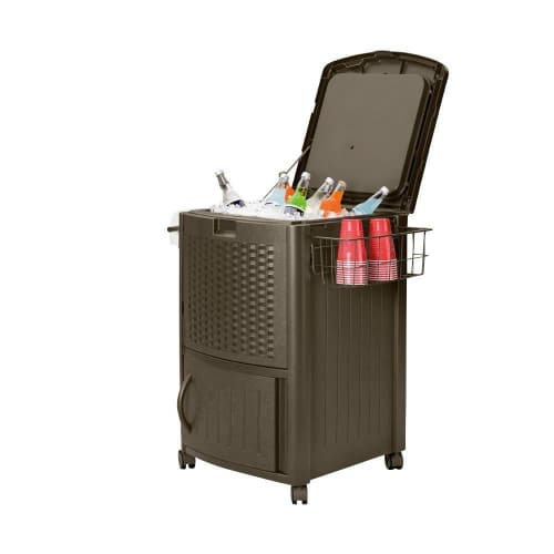 12 ways to Organize your home and outdoor space! See this amazing outdoor cooler!When you're entertaining or relaxing outside it's so nice to have all of your refrigerated drinks right on hand in an outdoor cooler.