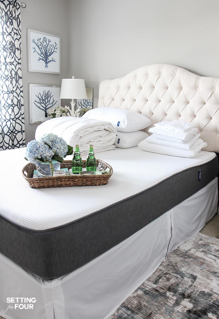 See the 12 ways to create a COZY guest bedroom your company will LOVE! : Include soft bedding and a cozy duvet.