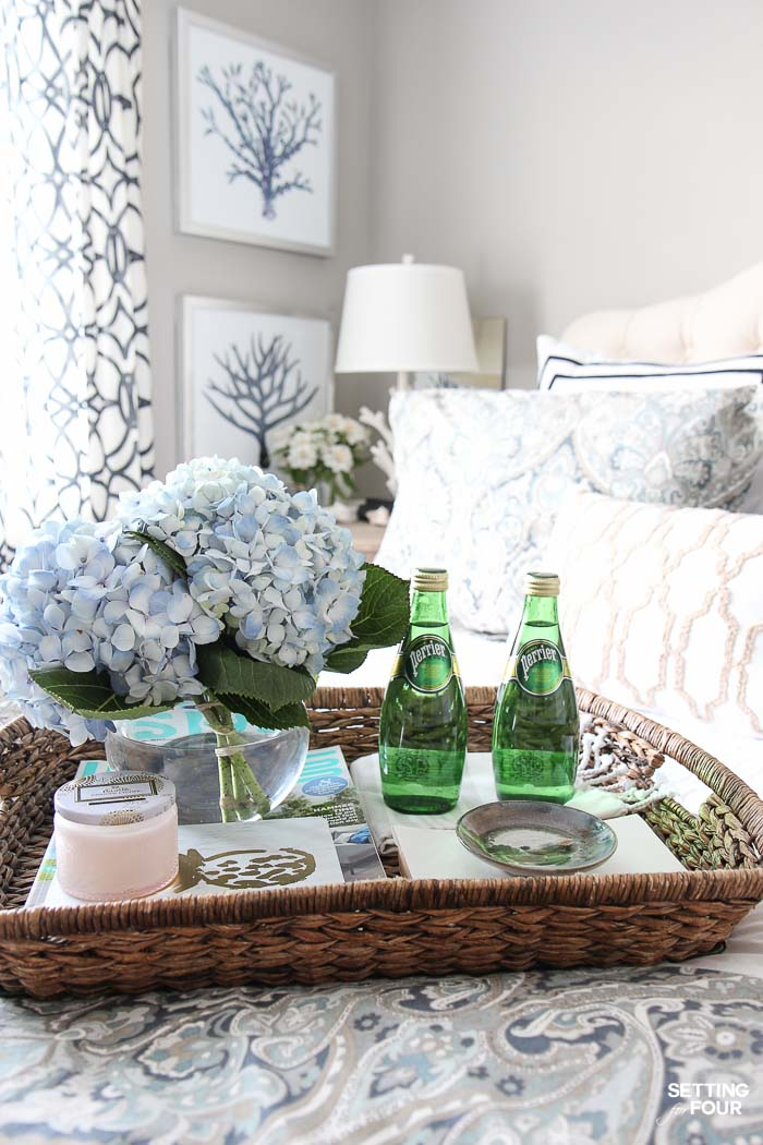 See the 12 ways to create a COZY guest bedroom your company will LOVE! : Include a hospitality tray filled with goodies!