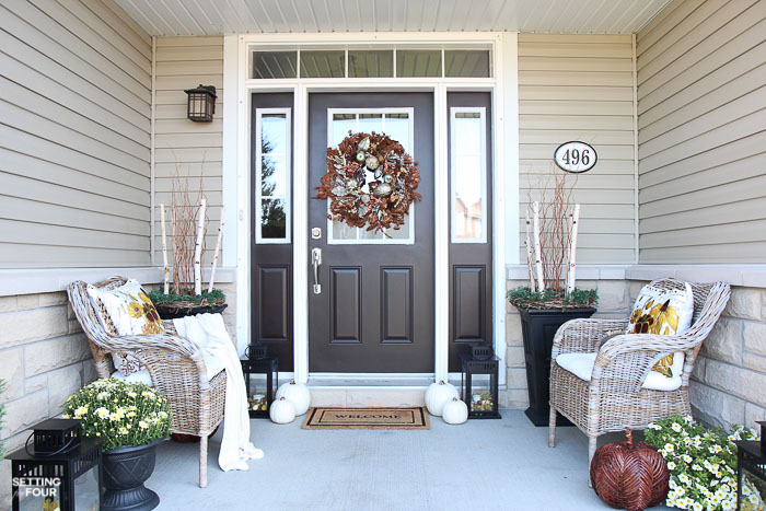 Fall Porch decorating ideas for front doors and fall planters.