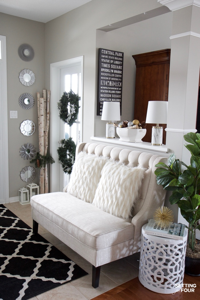 Glam Gold and White Christmas Home Tour & 30 Holiday Homes - Setting ...