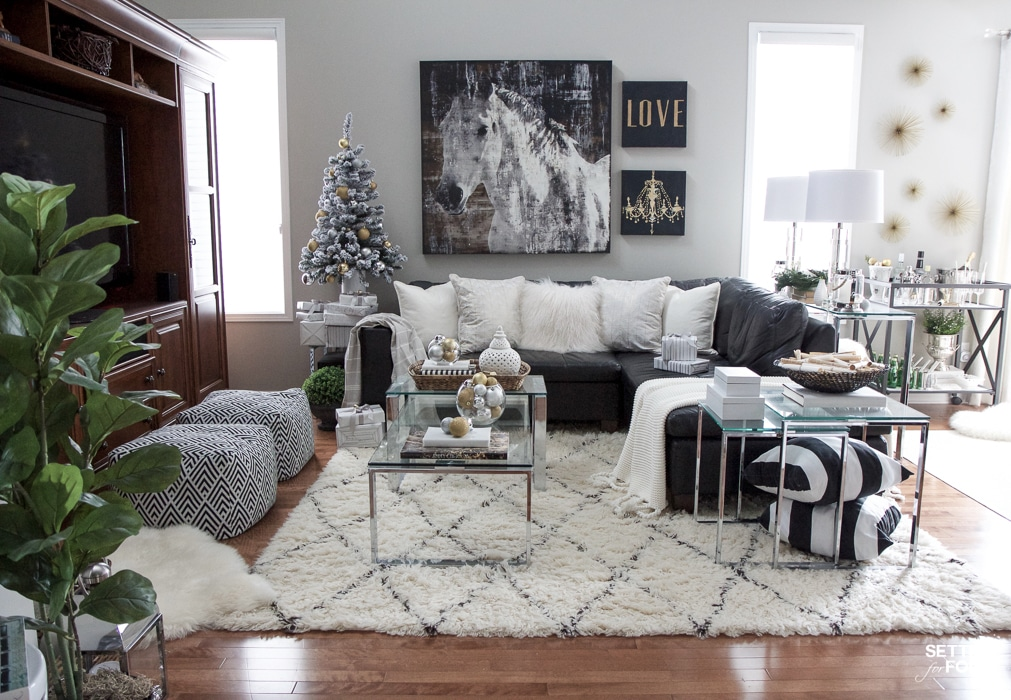 See My Glam Black, White And Gold Family Room Decor Ideas! I Kept My