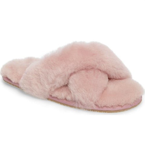 Loving these gorgeous Genuine Shearling Slippers in powder pink! Fashion essential!