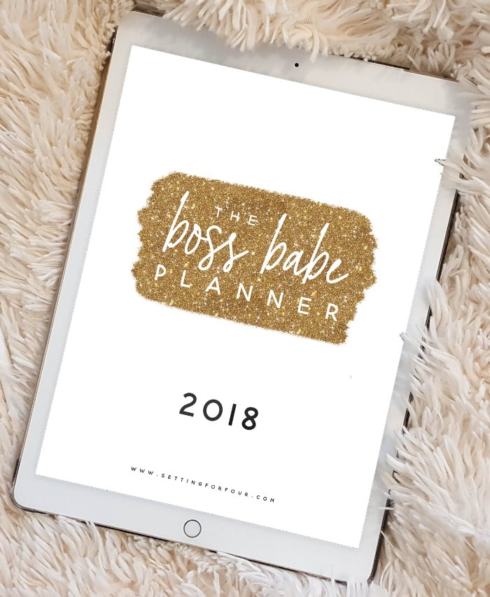 Take the stress out of your crazy schedule, get organized and STAY SANE with this 2018 Boss Babe Printable Planner Pack that includes 106 Printable Pages to plan your ENTIRE YEAR! You'll love the CHIC gold, white and black sparkly design! Includes printable checklists, tracking sheets, to do lists, places to be and calendars too! #planner #printable #organization #2018