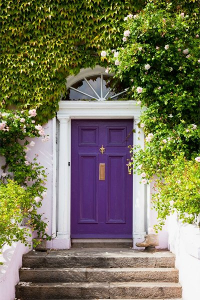 Looking to update your home? Colorful front doors are a big 2018 home trend. See all 10 design and decor trends and learn how to add them to your home!