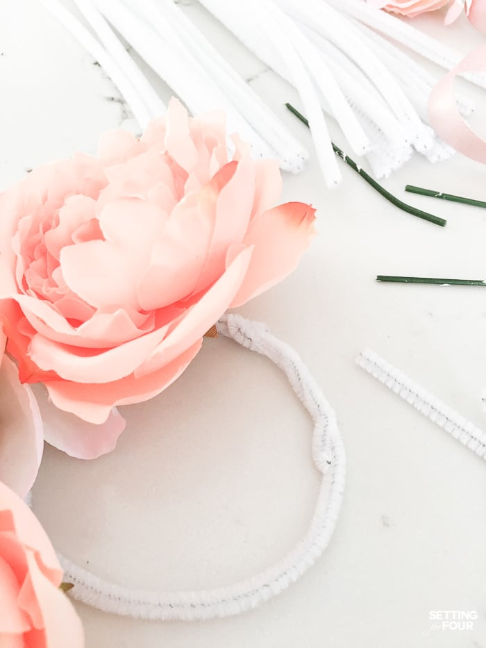 Easter decor idea: Easy Faux Floral Wreath DIY project.