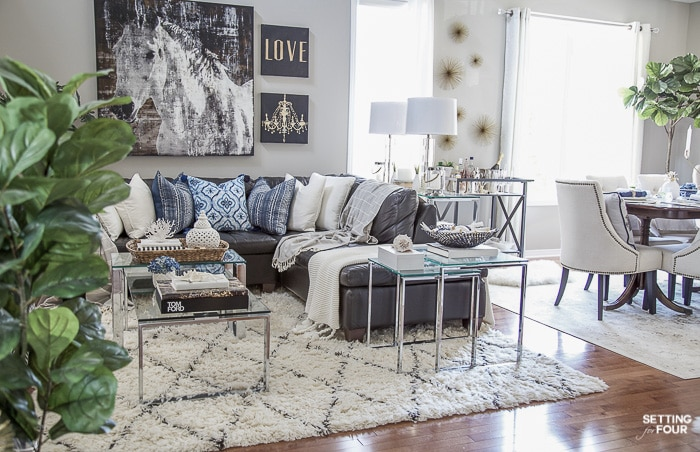 Home Tour and decor ideas for an open concept living room and dining room #decor #interiordesign #diningroom #livingroom #openconcept #furniture #layout