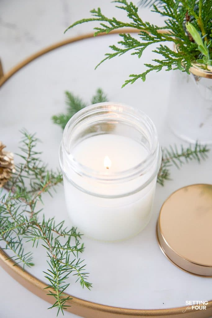 DIY Pine Candle in a jar tutorial #diy #tutorial #candle #pine #fragrance #gift #decor #fall #christmas #hostessgift