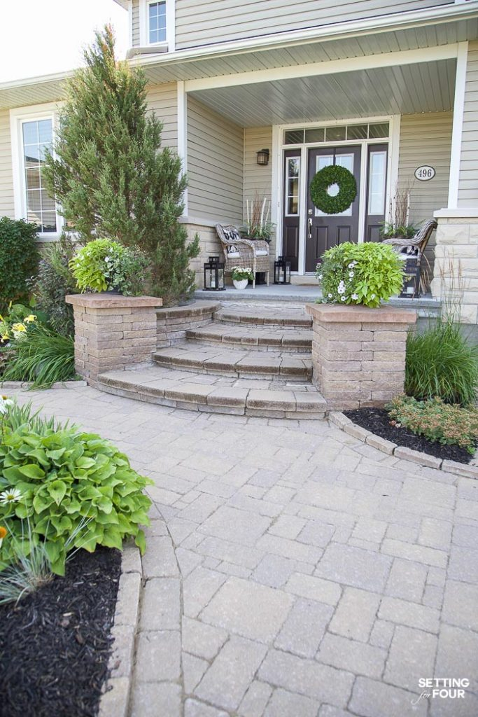 Summer Front Porch Decor Ideas #summer #porch #decor #exterior #curbappeal #decorating #landscaping #walkway #design