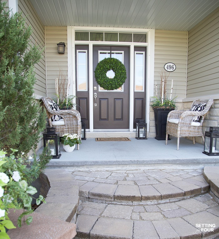 Summer Front Porch Decor Ideas #summer #porch #decor #exterior #doorcolor #decorating #seating #walkway #wreath