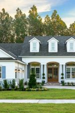 12 Curb Appeal Design Elements & Porch Decor Tips