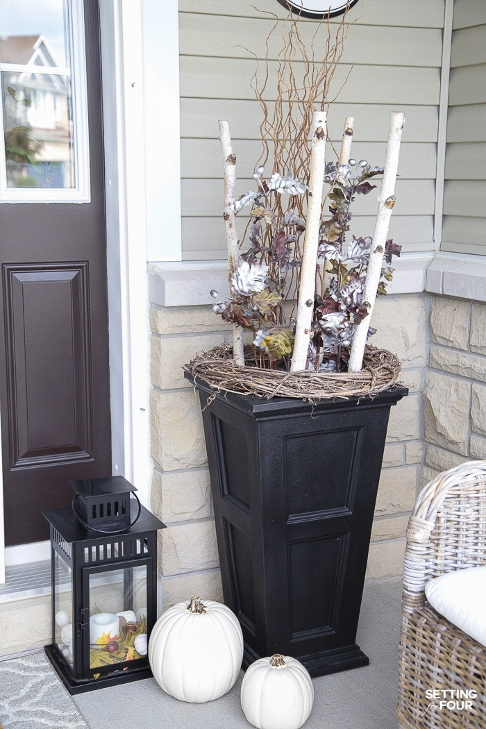 Simple Fall Porch Decorating Ideas With Big Impact Setting For Four