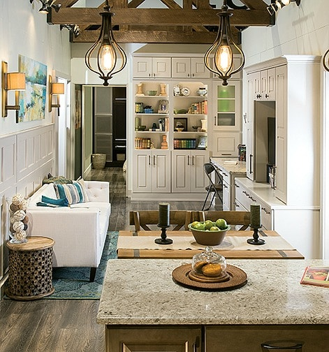 Your Guide to Choosing Cabinets For Your Home. 8 things to consider.#cabinet #kitchen #bathroom #laundry #guide #free #decor #design #renovation #newhome #homeimprovement