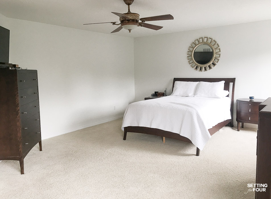 Master Bedroom painted Sherwin Williams Pure White. A white with no yellow, green or blue undertone. #paint #color #walls #bedroom #masterbedroom #decor #decorideas #interiordesign #colorpalette
