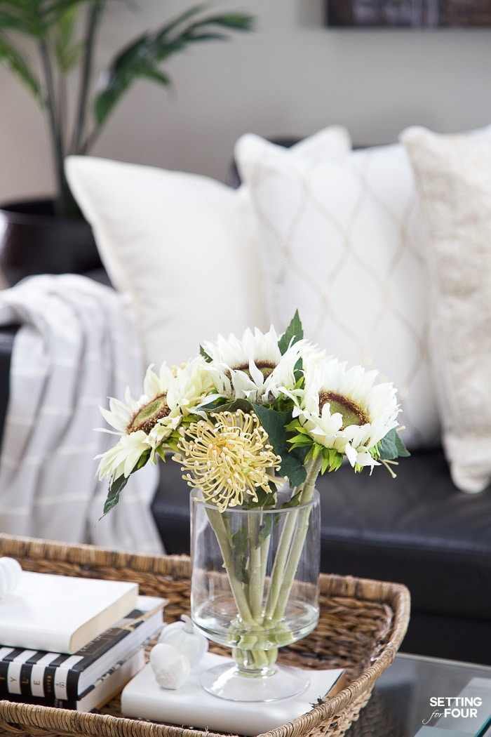 How to Style & Decorate With Artificial Flowers & Plants! Adding these natural looking faux plants and flowers will give your home a cozy, welcoming feel! #decor #decorideas #decorinspiration #fall #falldecor #faux #plants
