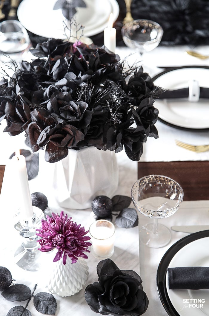 Easy Elegant Halloween Table Decorations & Centerpiece Idea. Cheap dollar store Halloween centerpiece DIY. #halloween #decor #cheap #dollarstore #centerpiece #table #entertaining #party #simple