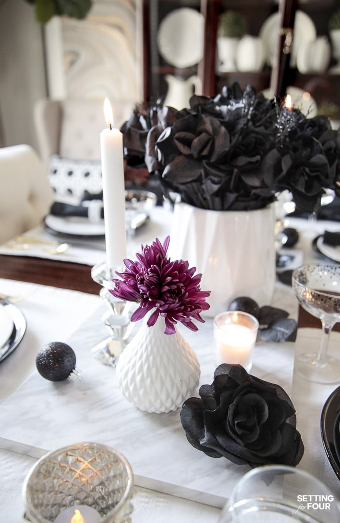 Easy Elegant Halloween Table Decorations & Centerpiece Idea. Classy Halloween decor. #halloween #decor #classy #decorideas #centerpiece #table #entertaining #party #simple