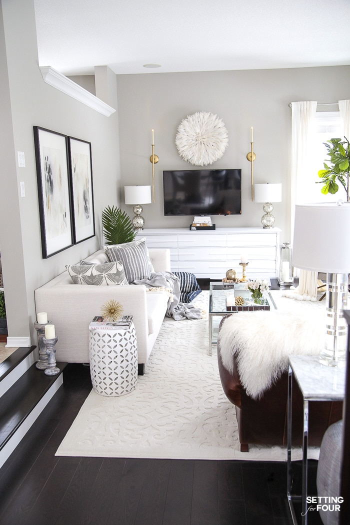 Living Room Makeover and design ideas - New TV Stand, Wall Art, Rug & Pillows! #interiordesignideas #interiordecorating #livingroomideas #livingroomdecor #livingroomfurniture #livingroomdecorations