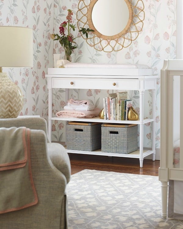 Beautiful nursery inspiration for a girl #girl #baby #nursery #room #changetable #changingpad #dresser