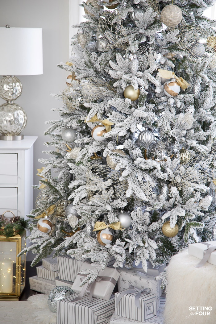Beautiful Gold & Silver Flocked Christmas Tree Decorations. #christmas #christmastree #gold #silver #white #flocked #christmasdecor #holidaydecor