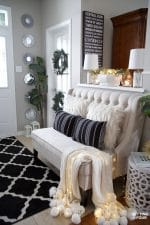 Elegant Silver and Gold Christmas Entryway Decor Ideas #bench #entryway #decor #christmasdecor #holidaydecor #gold #silver #elegant