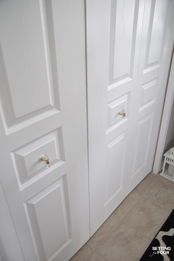 Double bifold doors makeover on a budget! #double #bifold #doors #closet #makeover #budget