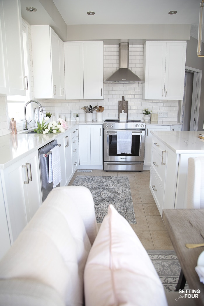 Kitchen rug ideas #white #kitchen #rugs #interiordesign #decorating #design