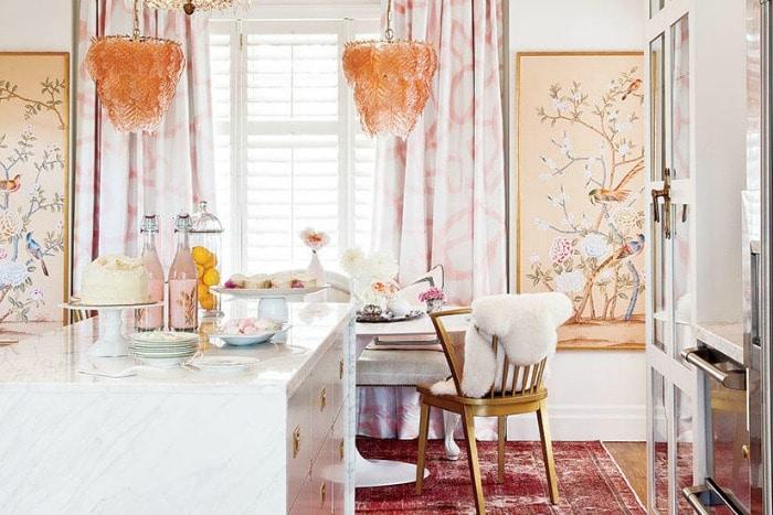 Dining Area using Pantone Color of the Year Living Coral! #livingcoral #pantone #diningroom #decorideas #lighting #interiordesign