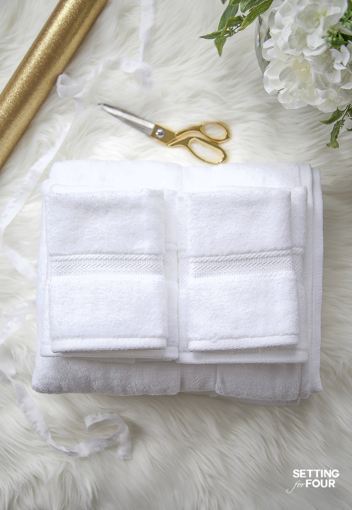 These gorgeous luxe towels make beautiful gift ideas for housewarmings, weddings, Mothers Day, birthday. #towel #weddings #birthdays #mothersday #housewarminggift #giftideas