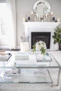 5 elegant summer mantel decor ideas!