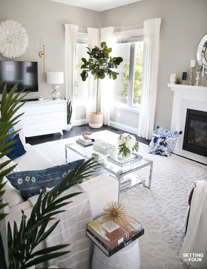 Elegant Living Room Decorating Tips for Summer - Setting for ...