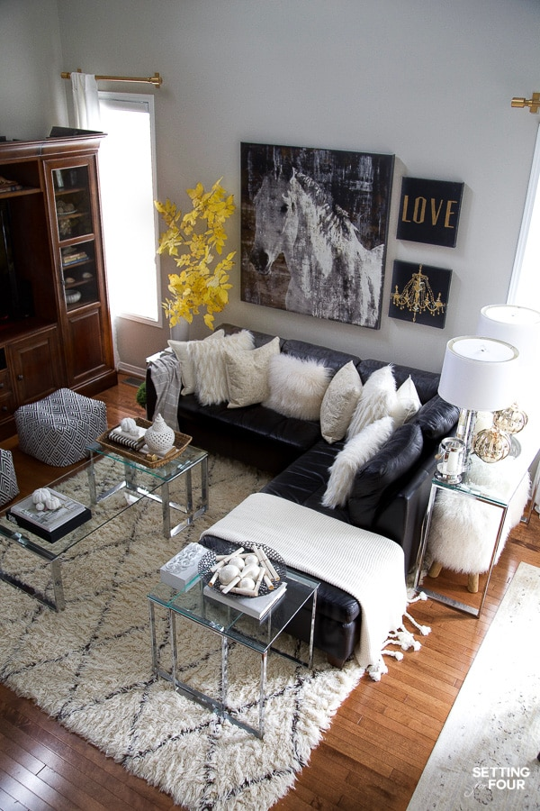 Learn how to decorate a transitional modern family room for fall - 5 ways!