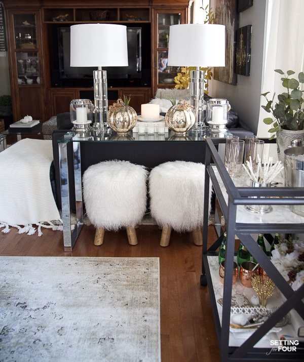 See these beautiful fall console table styling ideas!