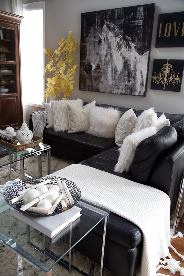 Learn how to decorate a comfy rustic family room for fall - 5 ways!