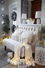 How to Decorate the Front Entry for Christmas! Welcoming Christmas entryway decor ideas.