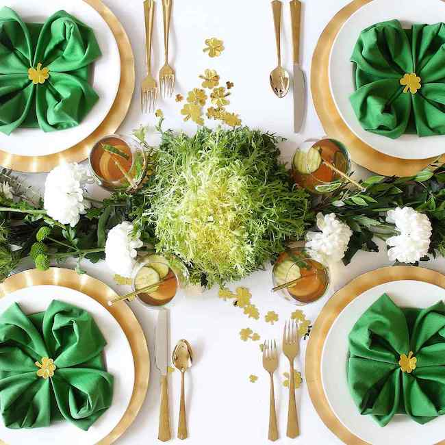 DIY Clover Napkin Fold, table decor ideas and Saint Patrick's Day lunch menu recipe ideas.