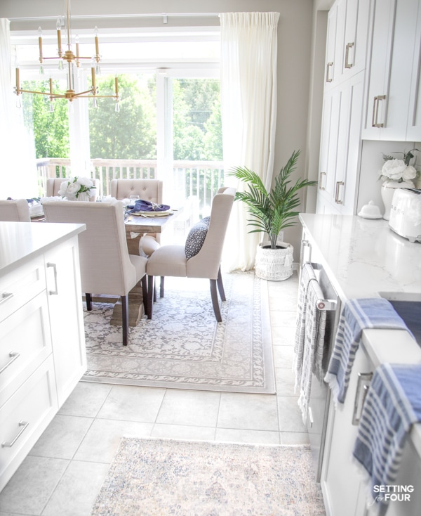 Summer Home Tour 2020 - Gorgeous Breakfast Nook Decor Ideas.